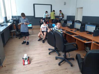 Клуб Визуално програмиране и роботика - Средно училище Отец Паисий, Куклен
