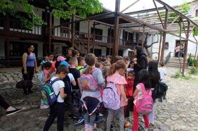 Екскурзии през месец май 2019 - Средно училище Отец Паисий, Куклен