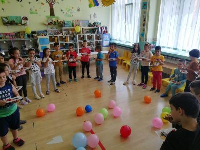 "1 юни в СУ ""Отец Паисий"" - Средно училище Отец Паисий, Куклен"