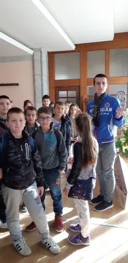 Екскурзия до Араповски манастир и летището в Крумово - Средно училище Отец Паисий, Куклен