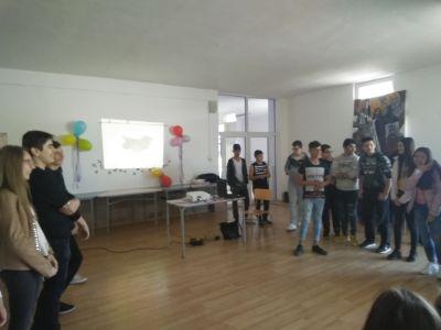 Открит урок по конституция 16 април 2019г - Средно училище Отец Паисий, Куклен