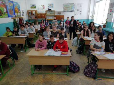 Приемственост 7 - четвъртокласници на гости по математика в пети клас - Средно училище Отец Паисий, Куклен