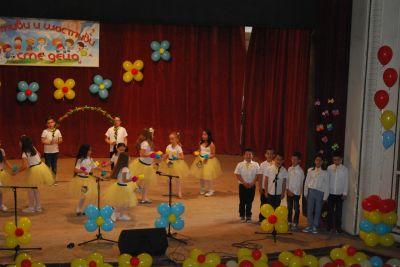 Концерт май 2019 11 - Средно училище Отец Паисий, Куклен