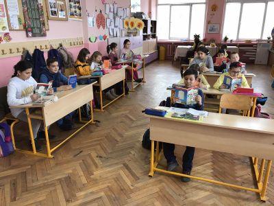Да почетем в междучасието - Средно училище Отец Паисий, Куклен
